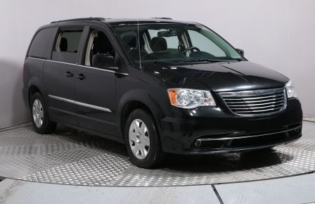 2012 Chrysler Town And Country Touring A/C GR ELECT MAGS à Rimouski