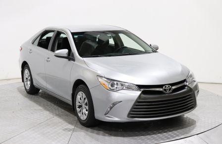 2017 Toyota Camry LE AUTO AC GR ELECT BLUETOOTH CAMERA DE RECUL à Laval