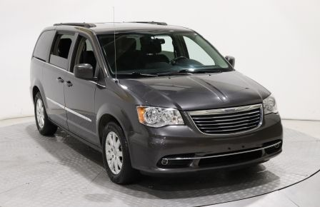 2015 Chrysler Town And Country Touring STOW N GO DVD MAGS CAM RECUL à Rimouski